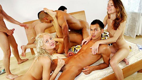 porno-molodie-gruppovuha